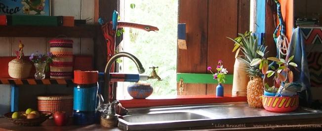 P8170025 TIMEOUT kitchen sink